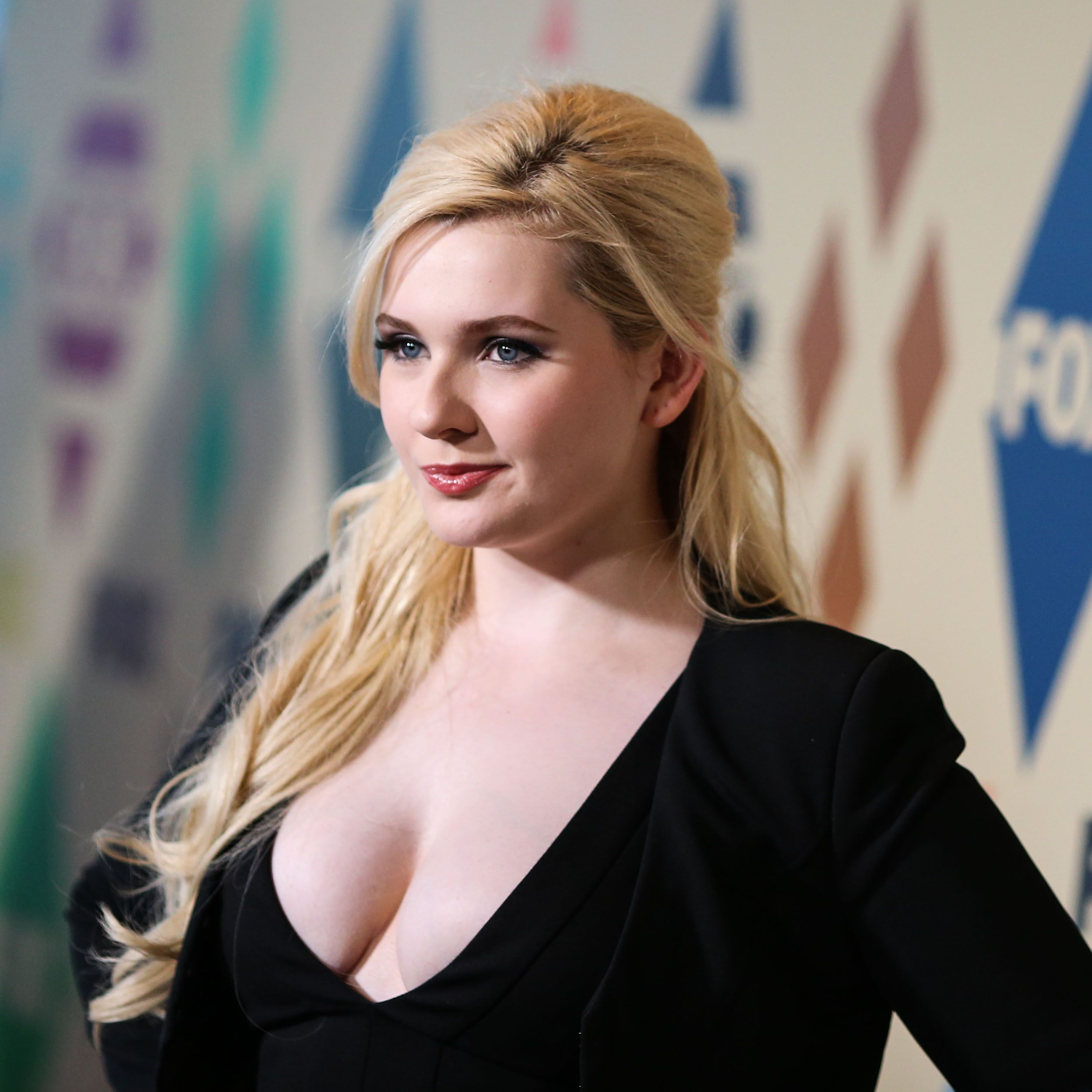 Abigail Breslin nude