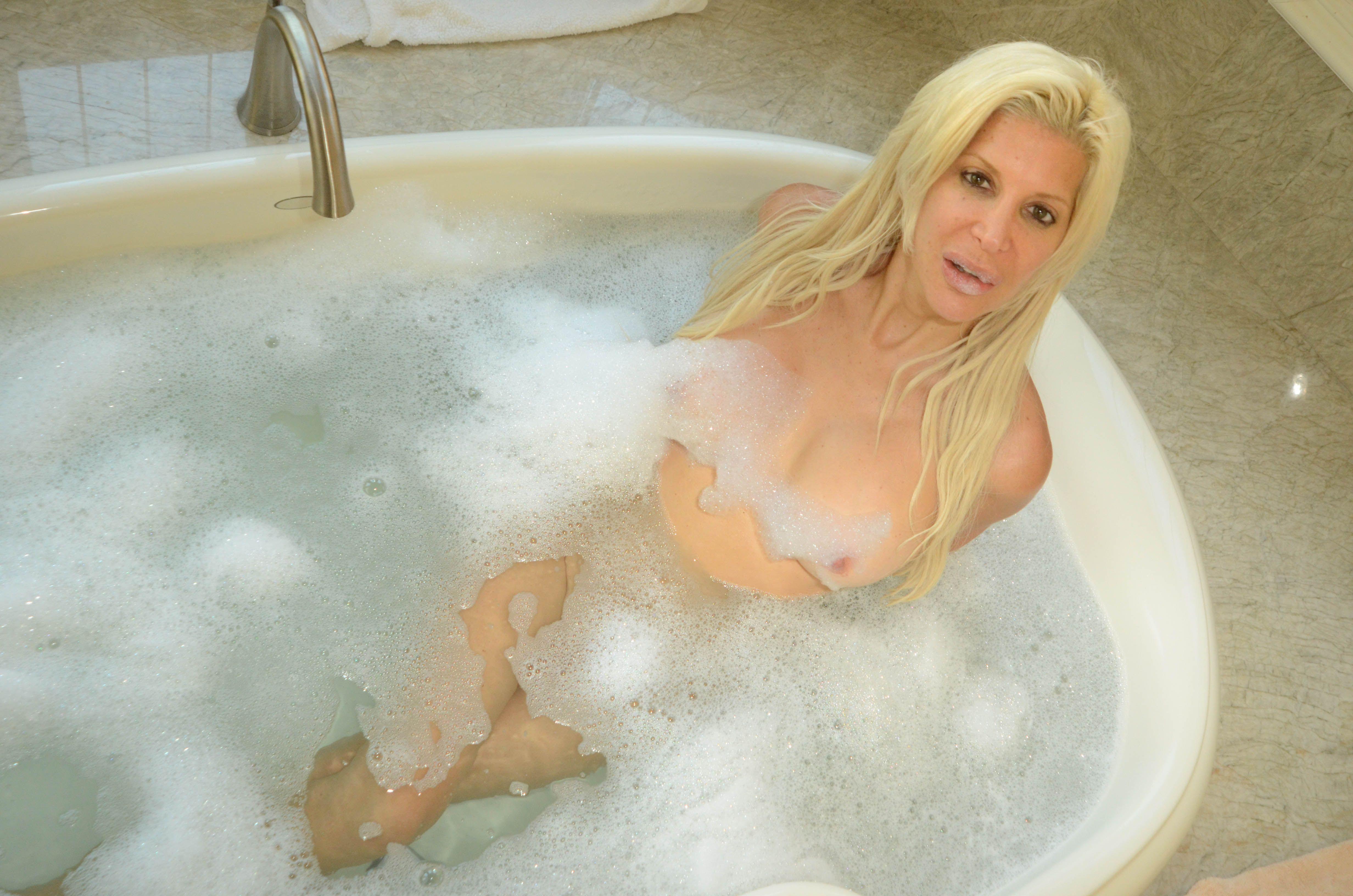 Angelique Morgan