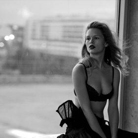 Anna Ewers sexy nude pic