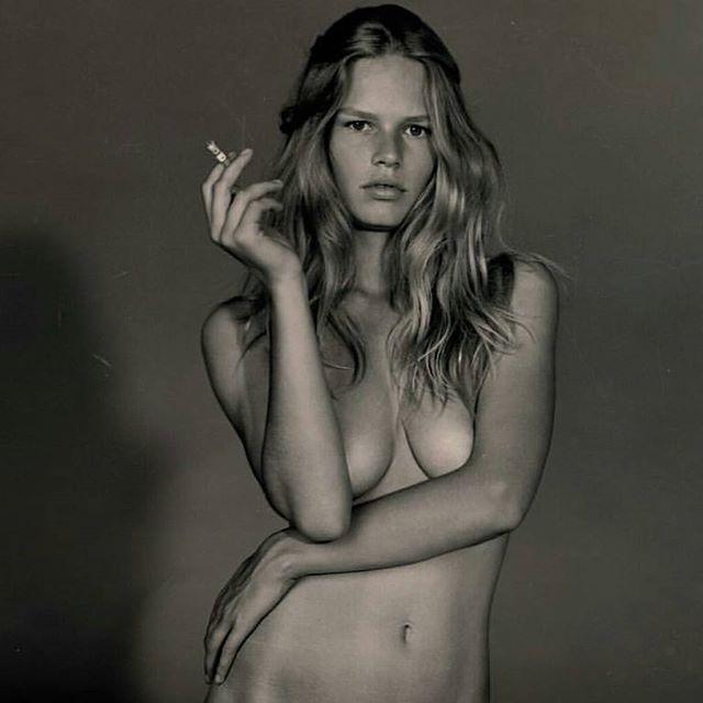 Anna Ewers hot boobs
