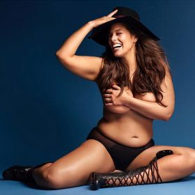 Ashley Graham sexy