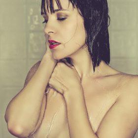 Brea Grant nude pic