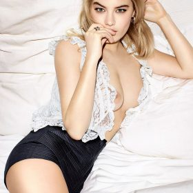 Camille Rowe sexy leaks
