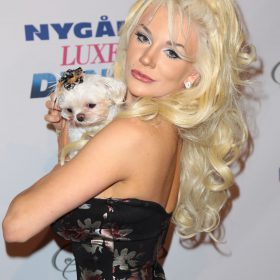 Courtney Stodden shaved pussy