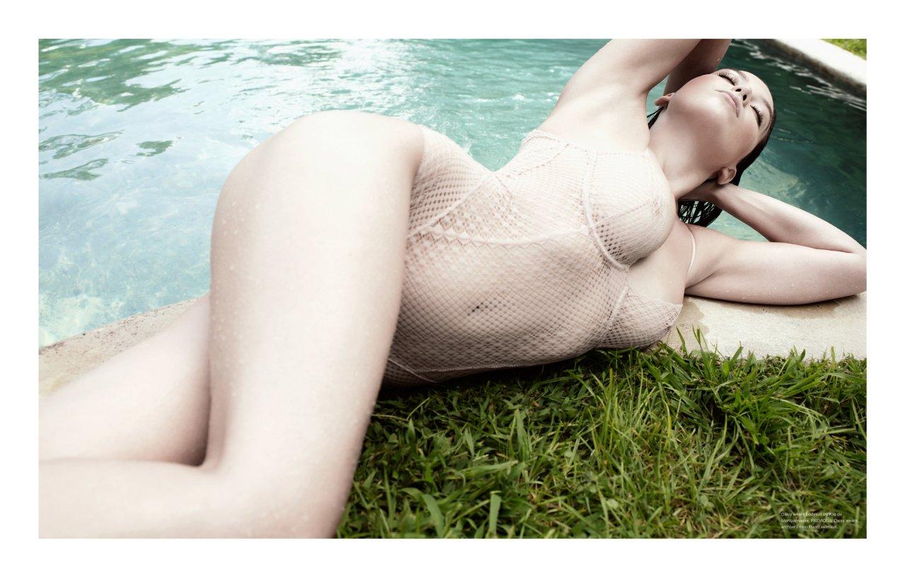 Daisy Lowe hot