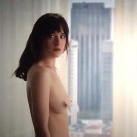 Dakota Johnson tits