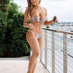 Daphne Joy topless