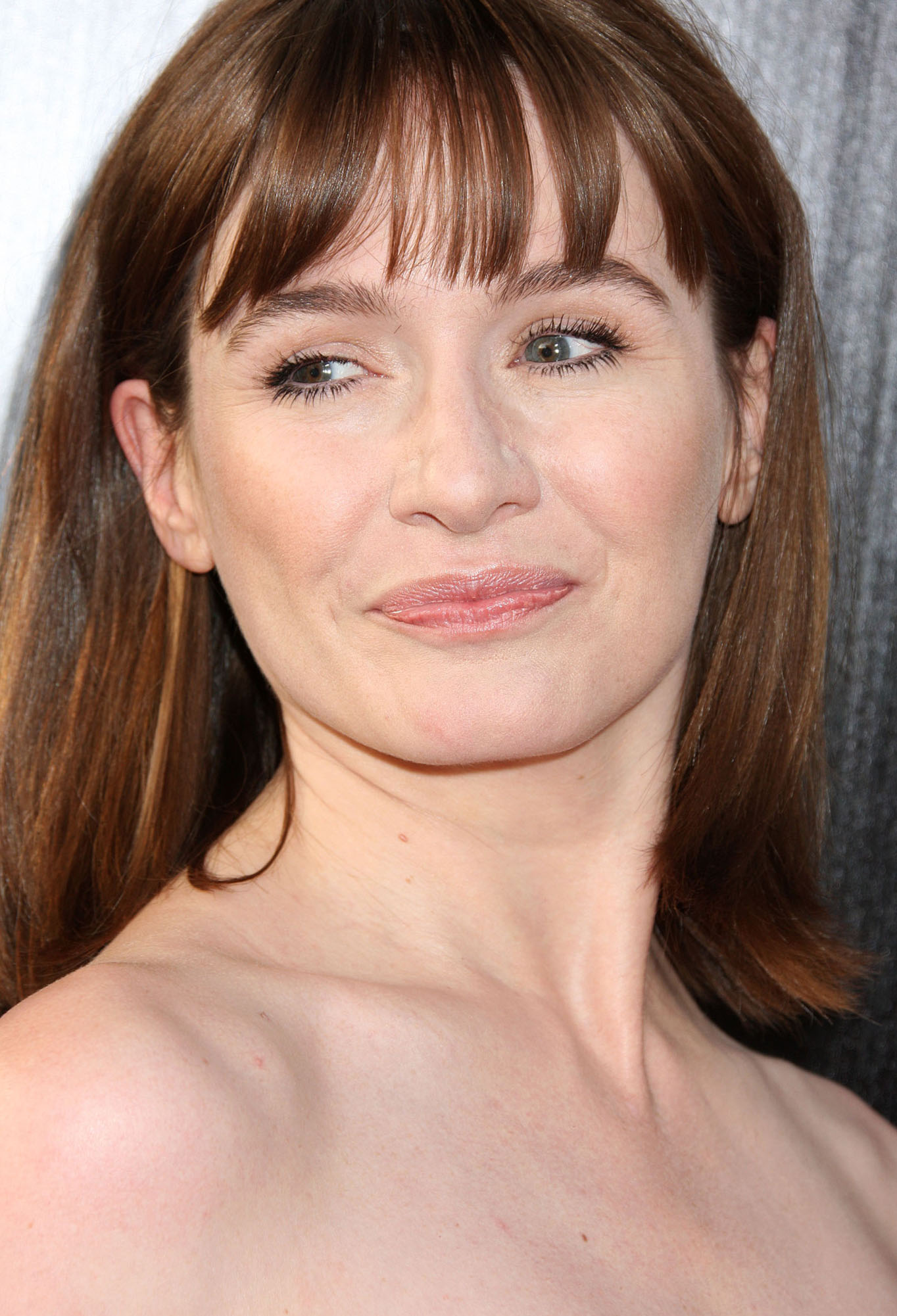 naked pics of emily mortimer