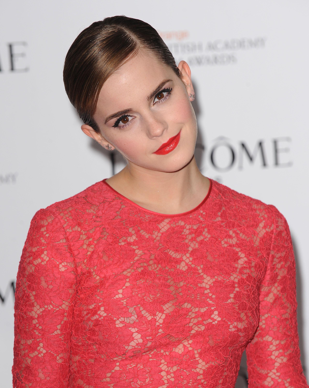 Emma Watson leaked naked pics
