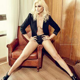 Flavia Alessandra hot boobs