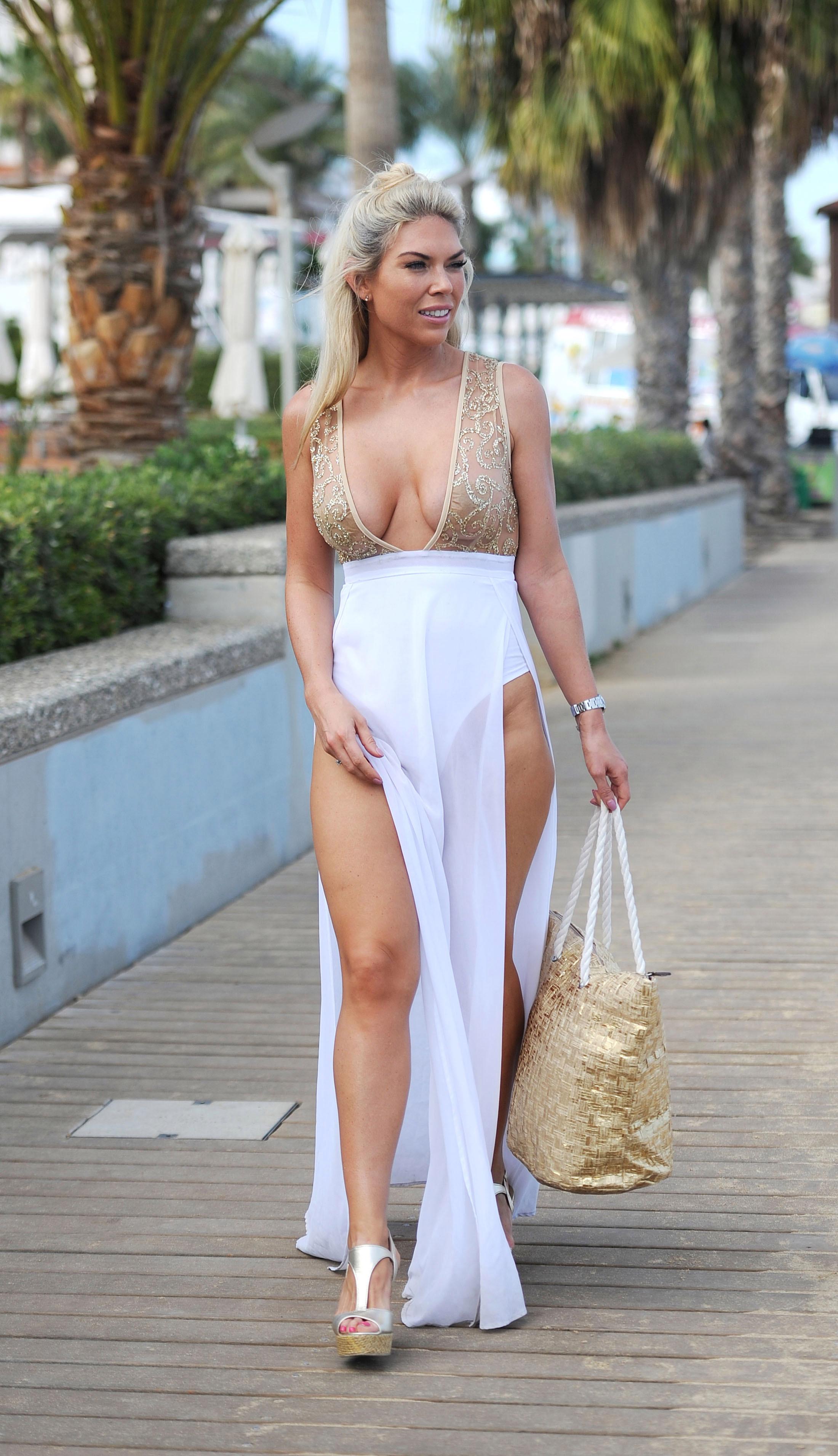 Frankie Essex boobs