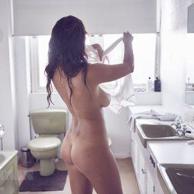 Holly Peers porno