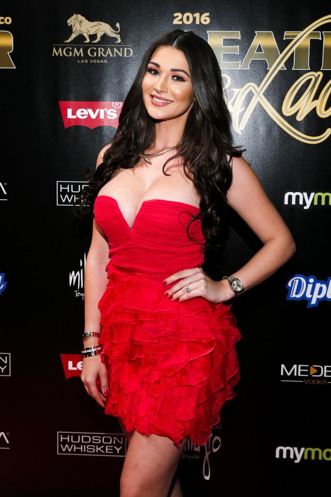 [UNCENSORED] Model Jenna Jenovich Pussy - Fappening Sauce