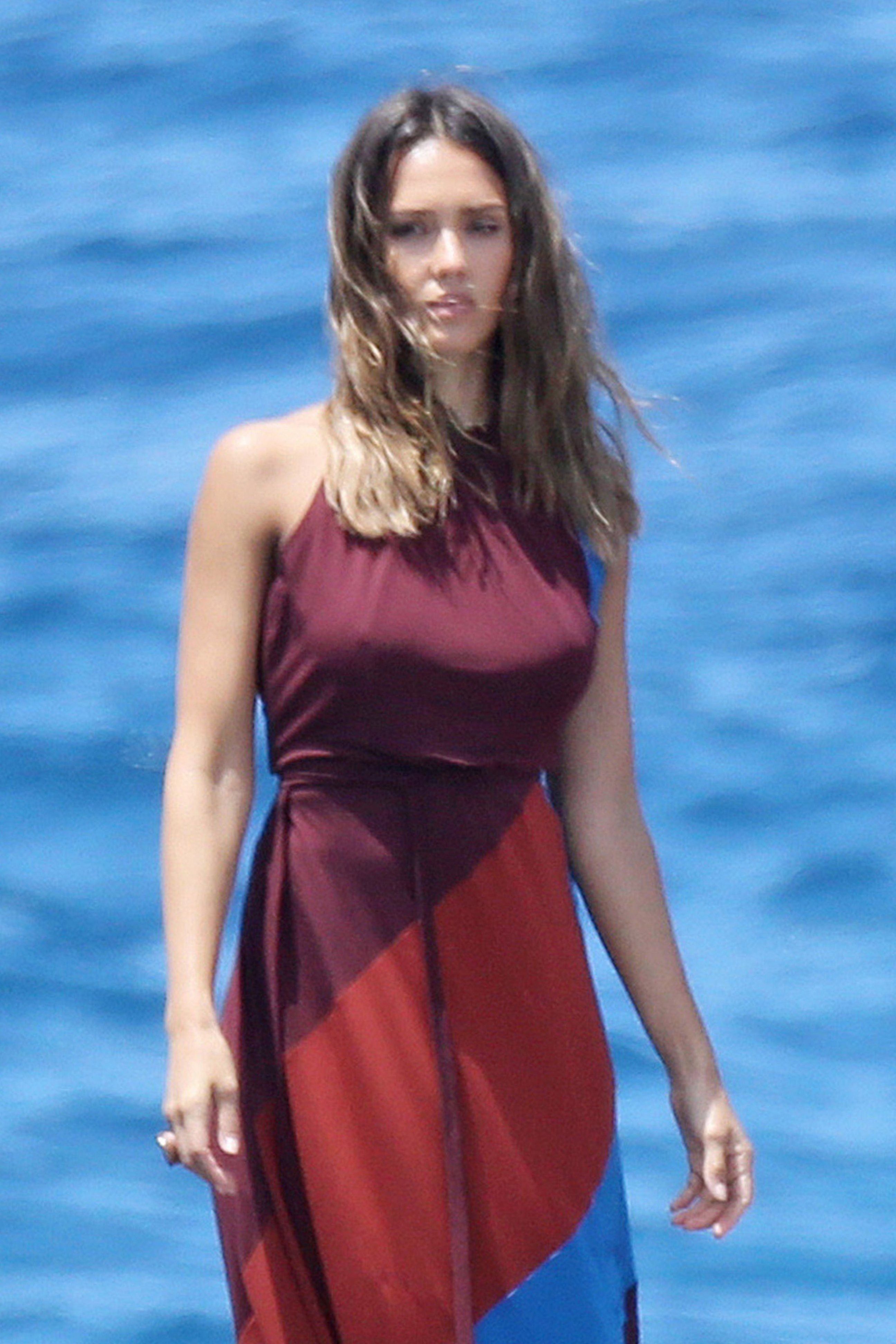 Jessica Alba Nude The Fappening - Page 6 - FappeningGram