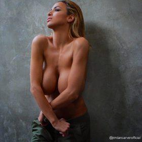 Jordan Carver vagina