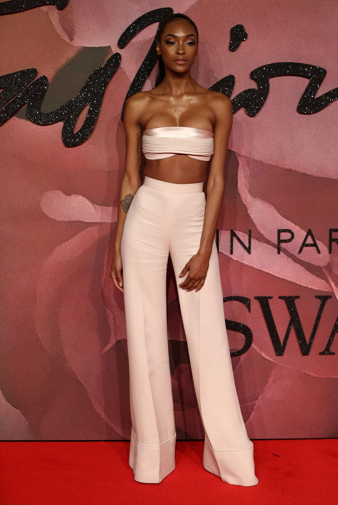 Jourdan Dunn nipples exposed