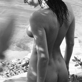 Julia Lescova nude boobs