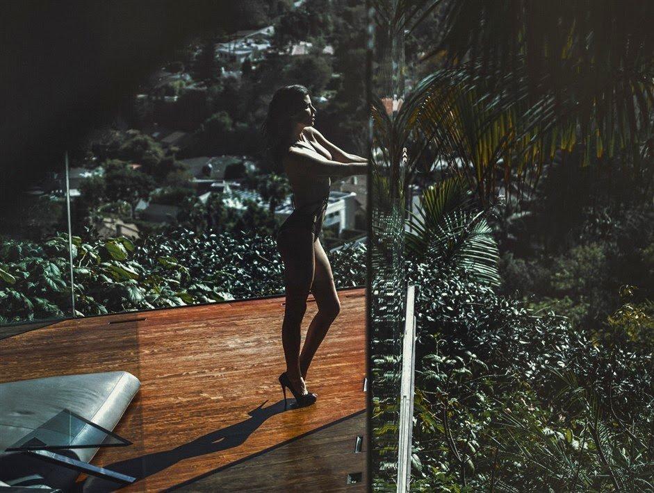 RING! Model Julia Lescova Ass - Fappening Sauce