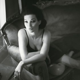Kate Moss hot