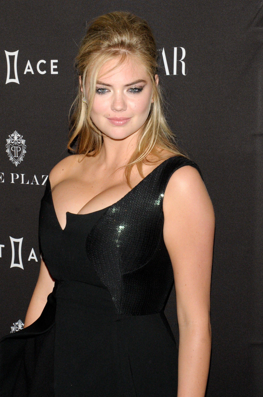 Kate Upton tits