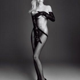 Lara Stone sexy pic