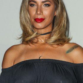 Leona Lewis tits