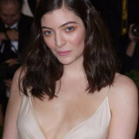 Lorde sexy pic