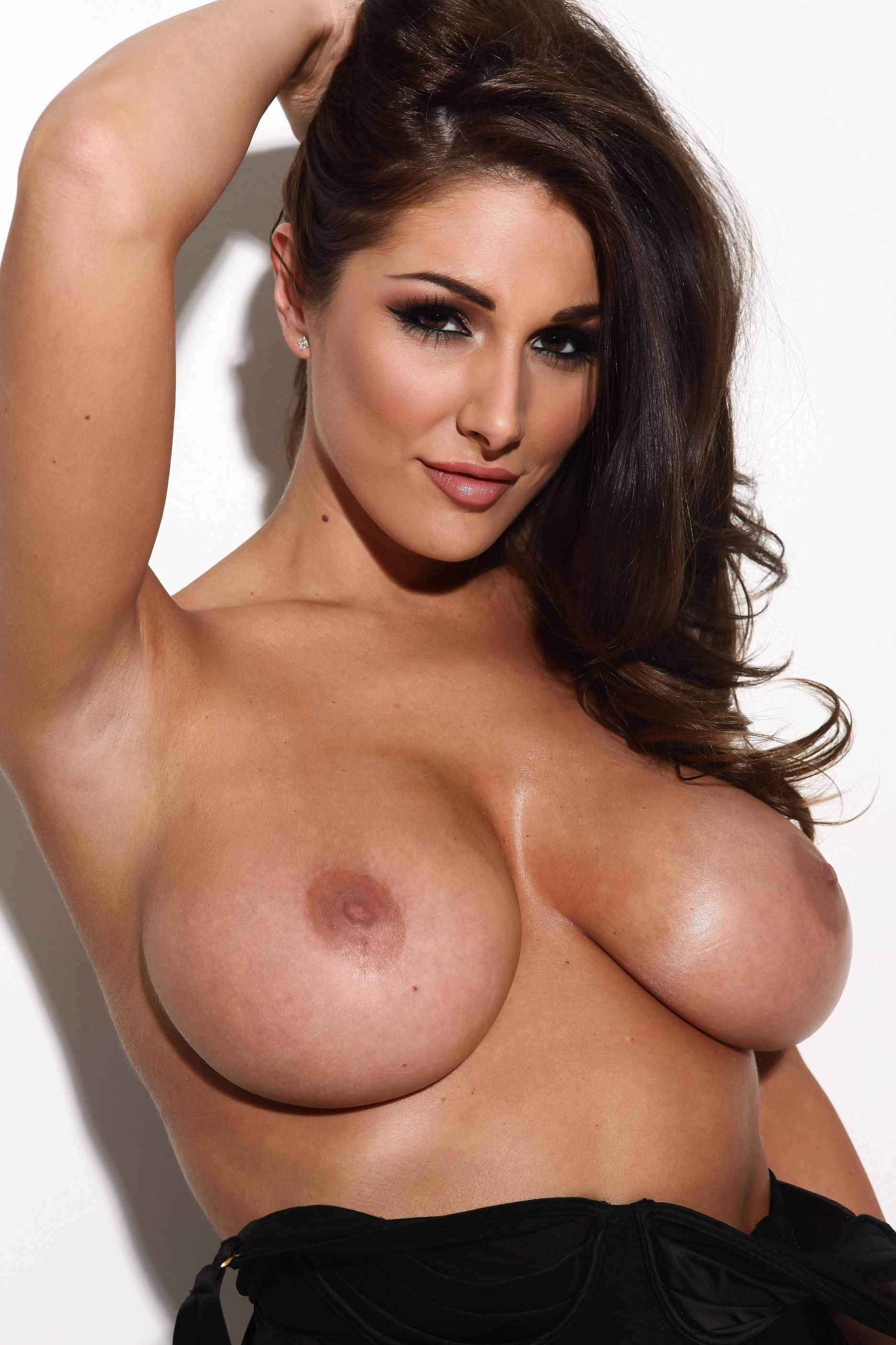 abigail hawk tits