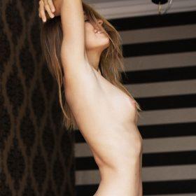 Instagram Star nude boobs