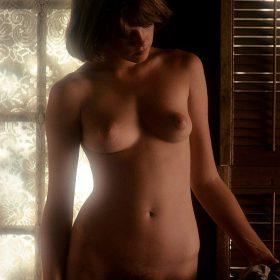 Melanie Griffith nude boobs