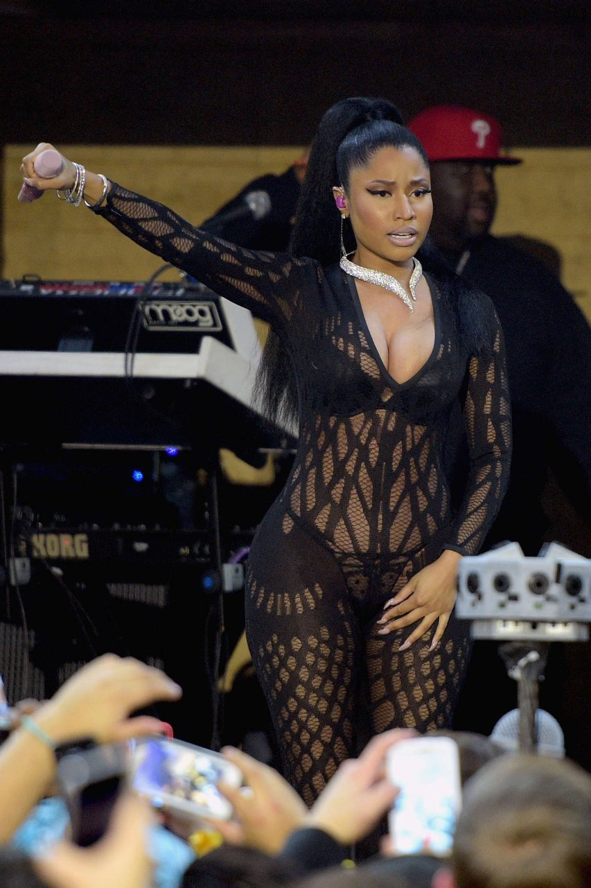 Flop Rapper Nicki Minaj Private Pics - Fappening Sauce-1856