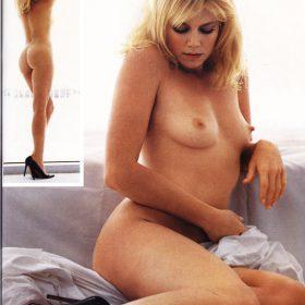 Peta Wilson topless