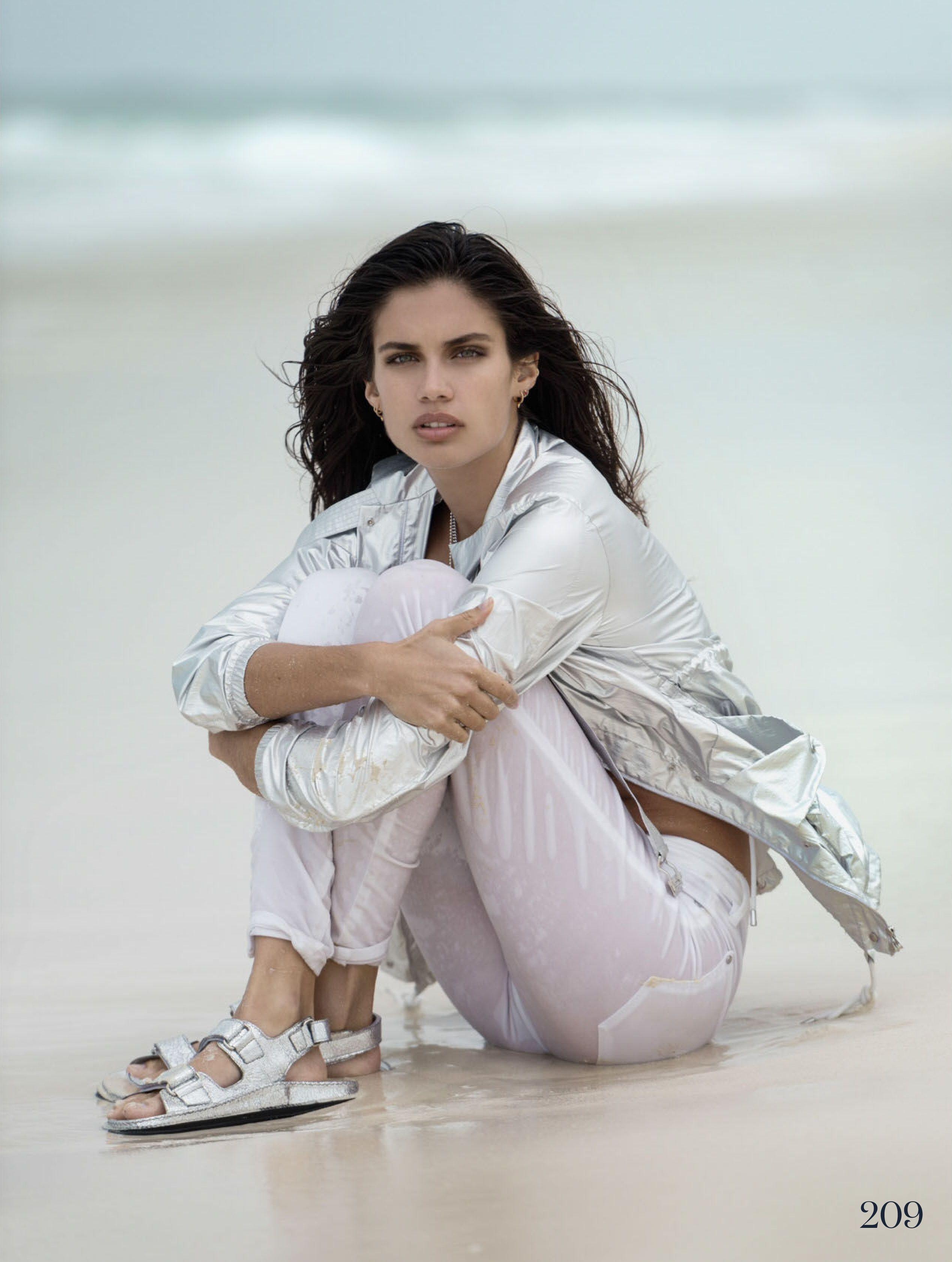 [CLIP] Model Sara Sampaio Hacked Pics • Fappening Sauce