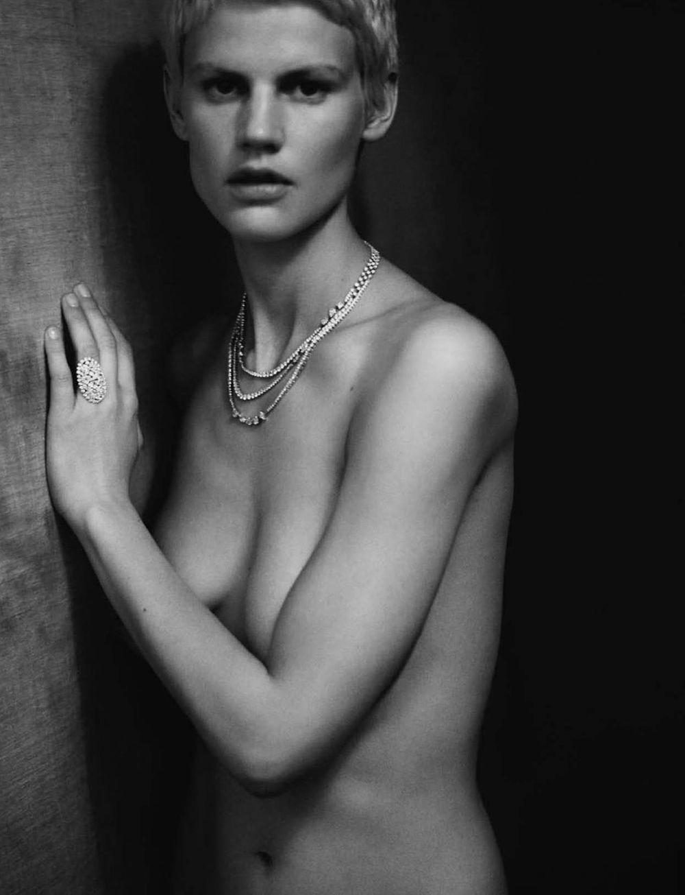 Model leaked nude