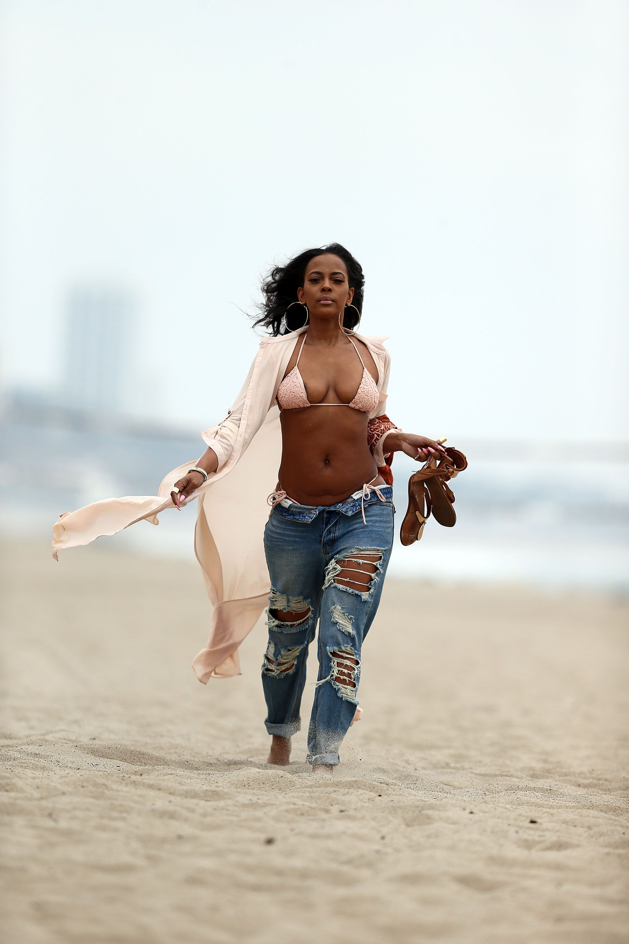 Reality Star nipples exposed