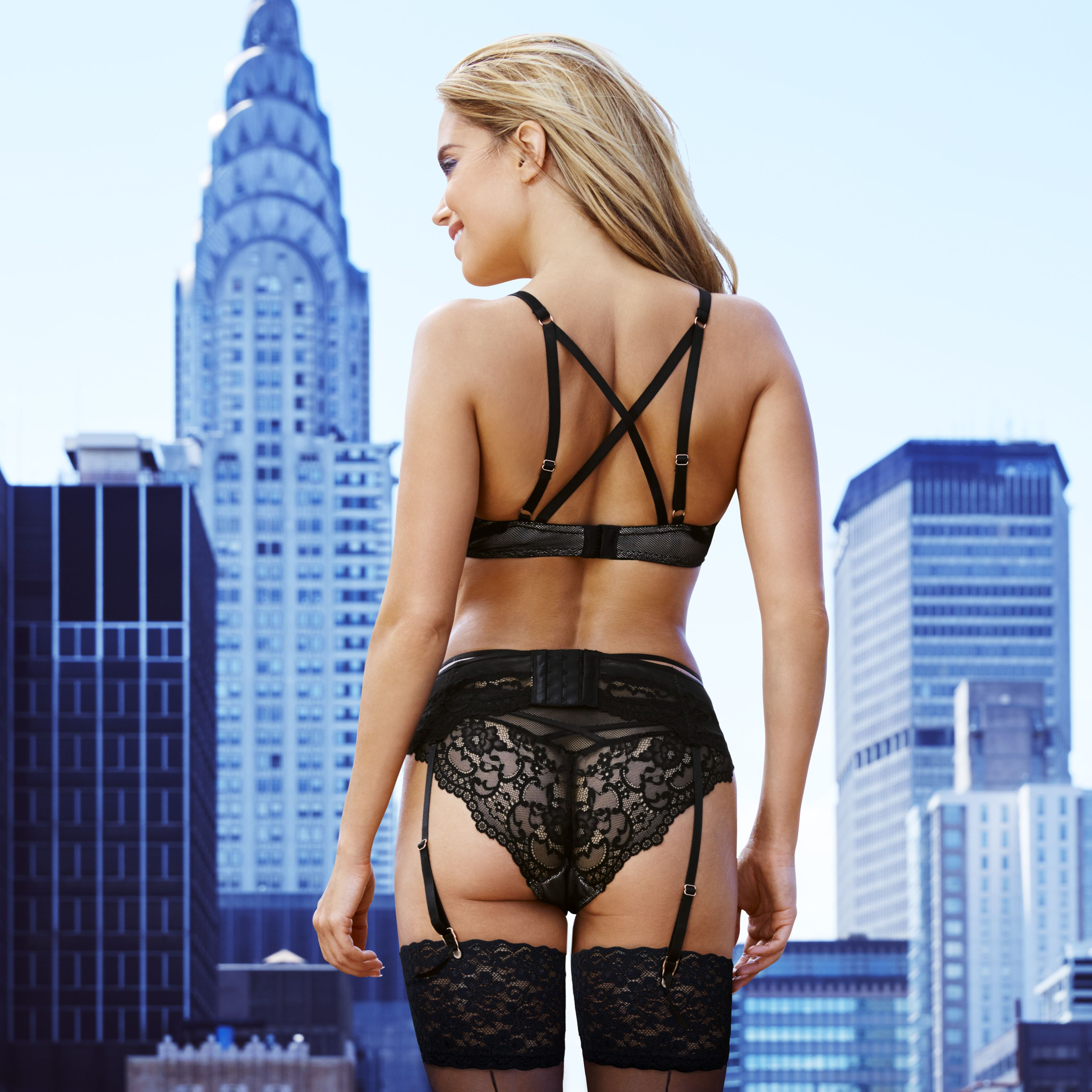 HACK! TV Show Host Sylvie Meis Booty Pics • Page 4