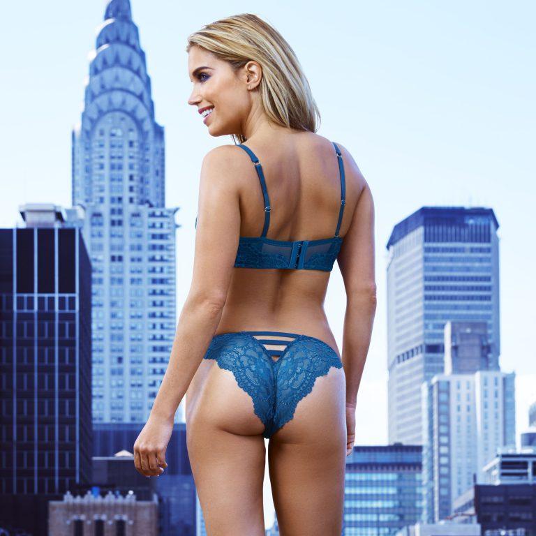[CLIP] TV Show Host Erika Jordan Sex Tape • Page 4