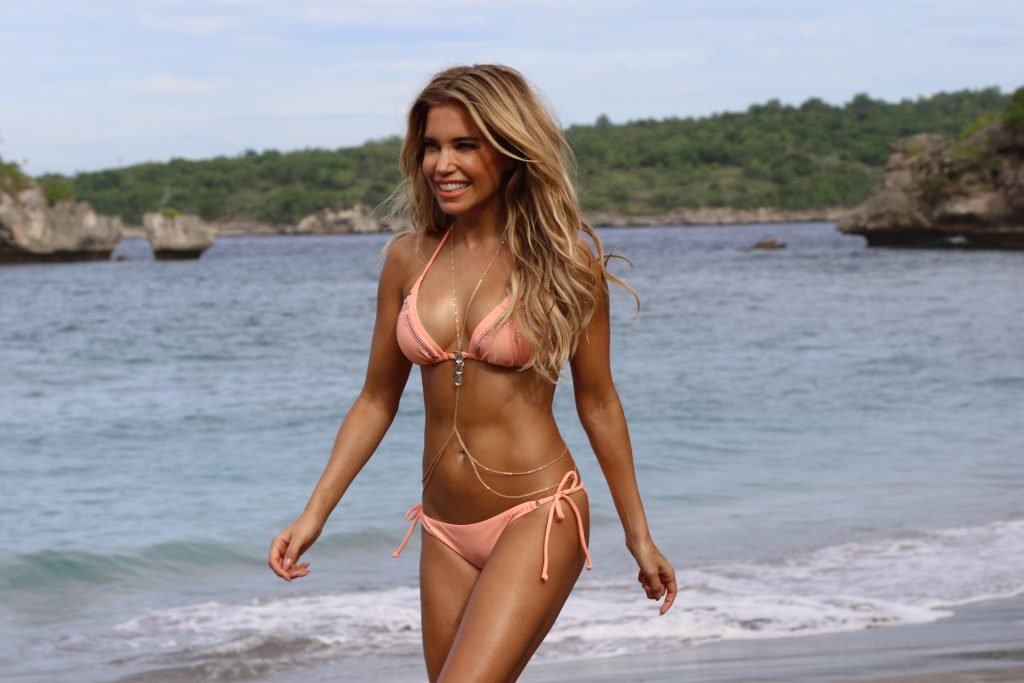 HACK! TV Show Host Sylvie Meis Booty Pics • Page 3
