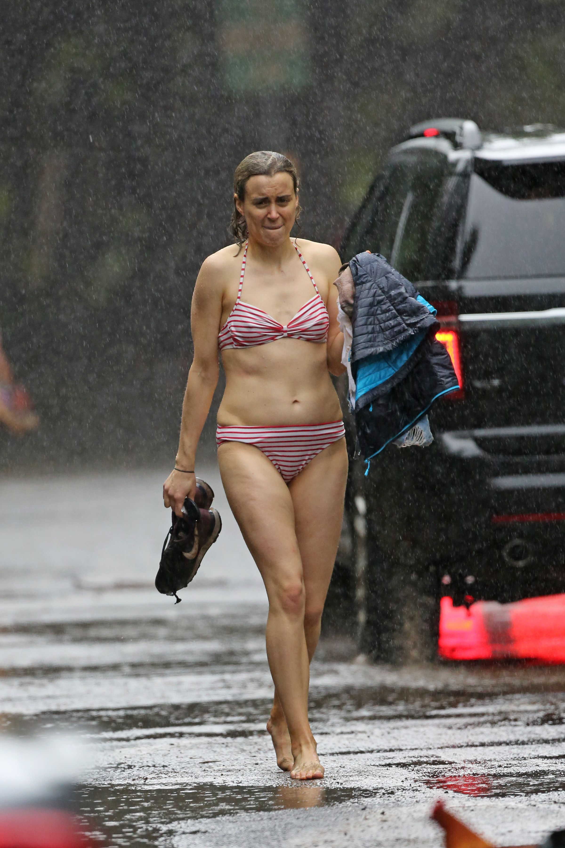 DRIP! TV Actress Taylor Schilling Boobs • Fappening Sauce