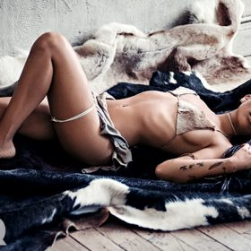 Movie Actress topless