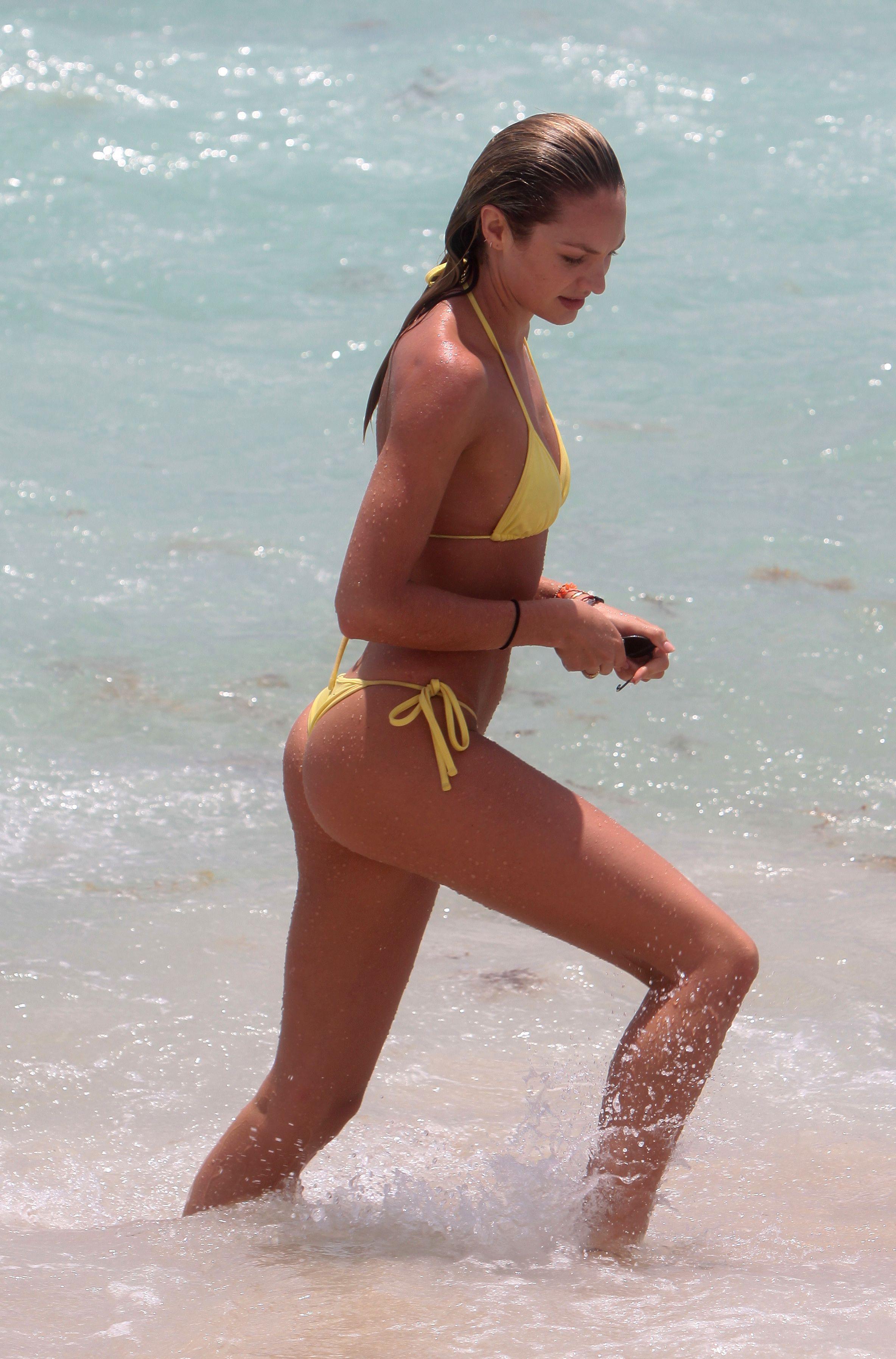 Candice Swanepoel leaked nude
