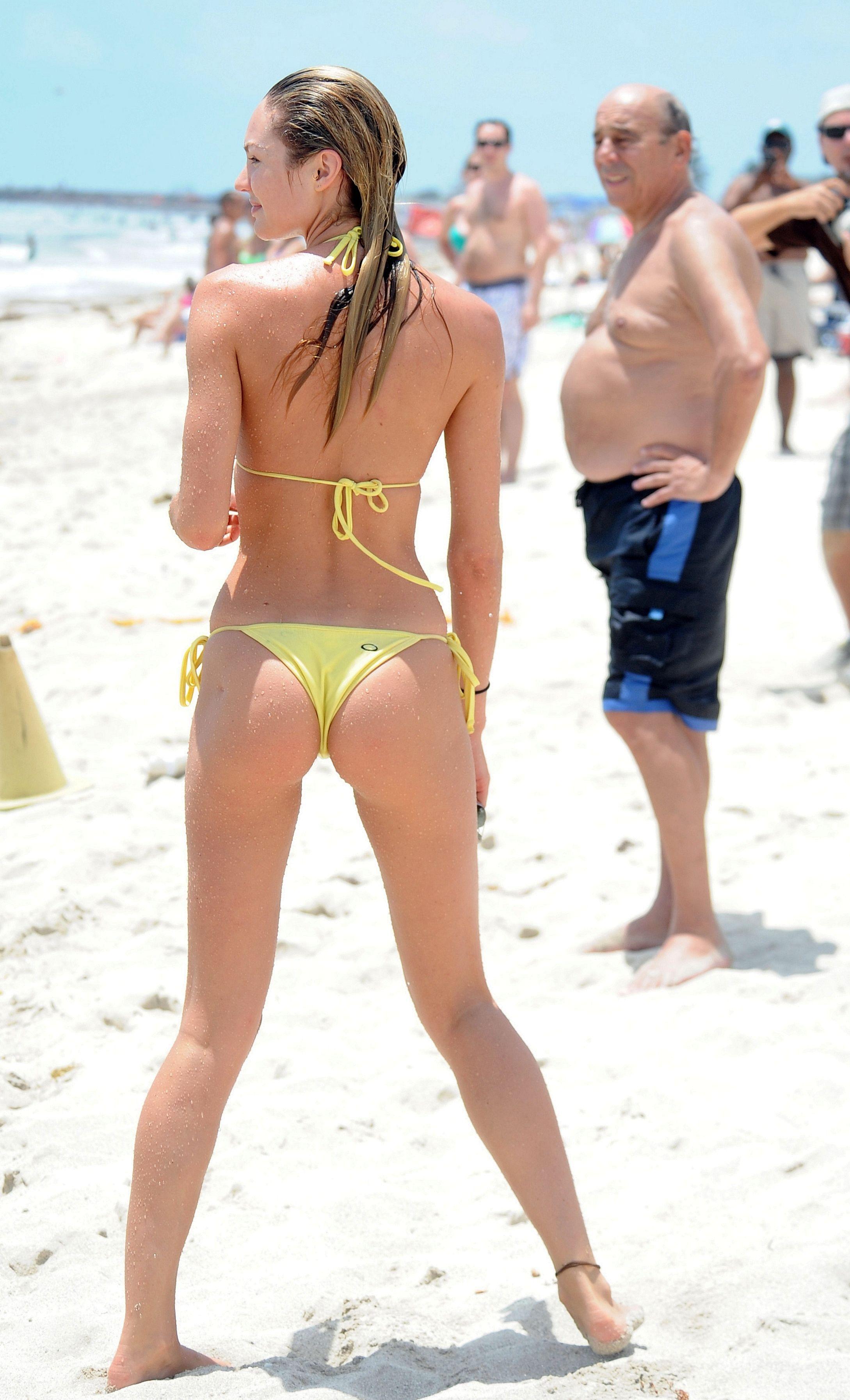 Candice Swanepoel nipples exposed