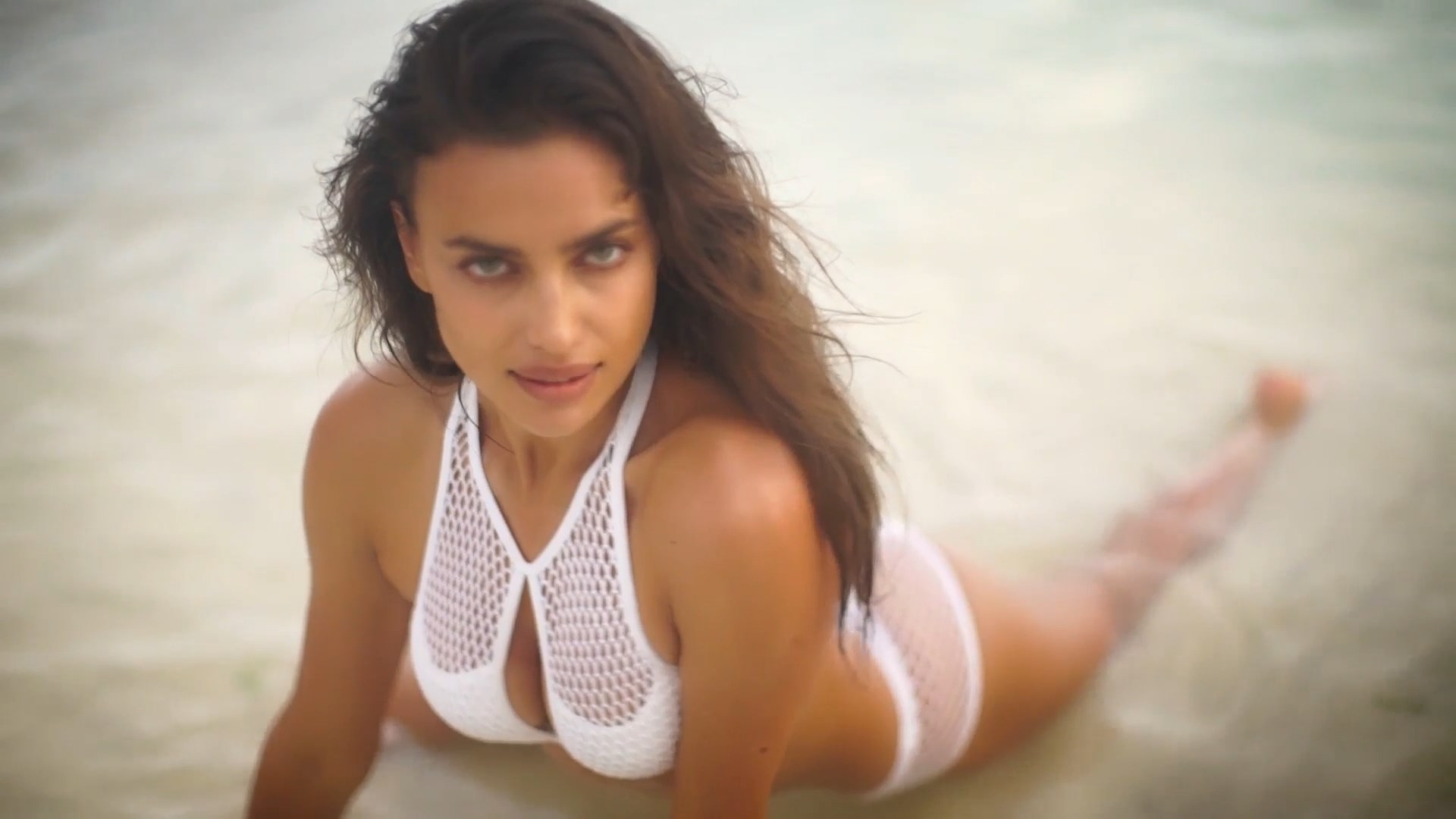 Irina Shayk nude photos