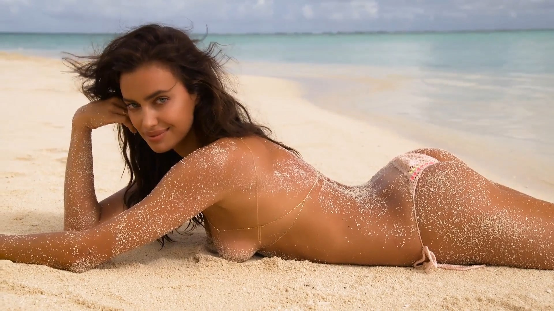 Irina Shayk big boobs