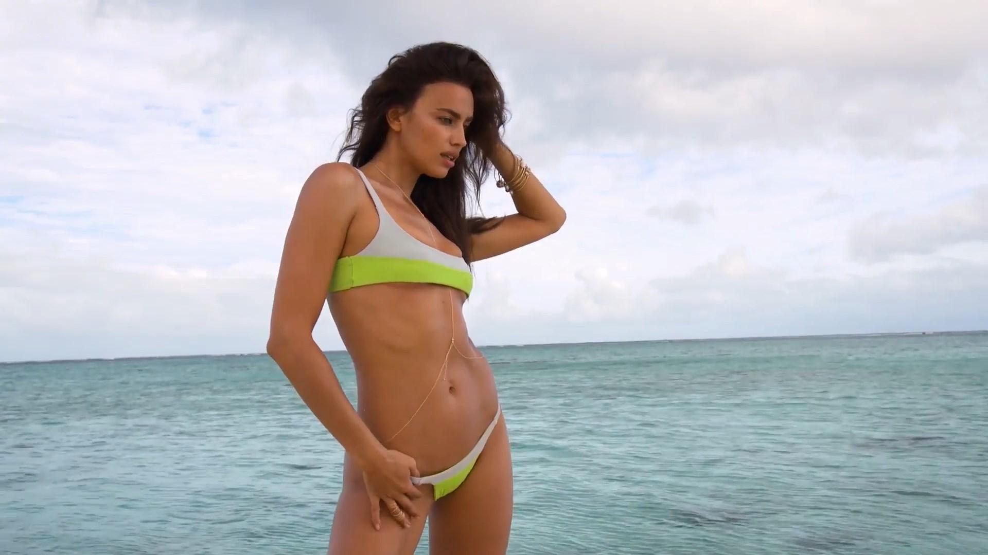 Irina Shayk slip