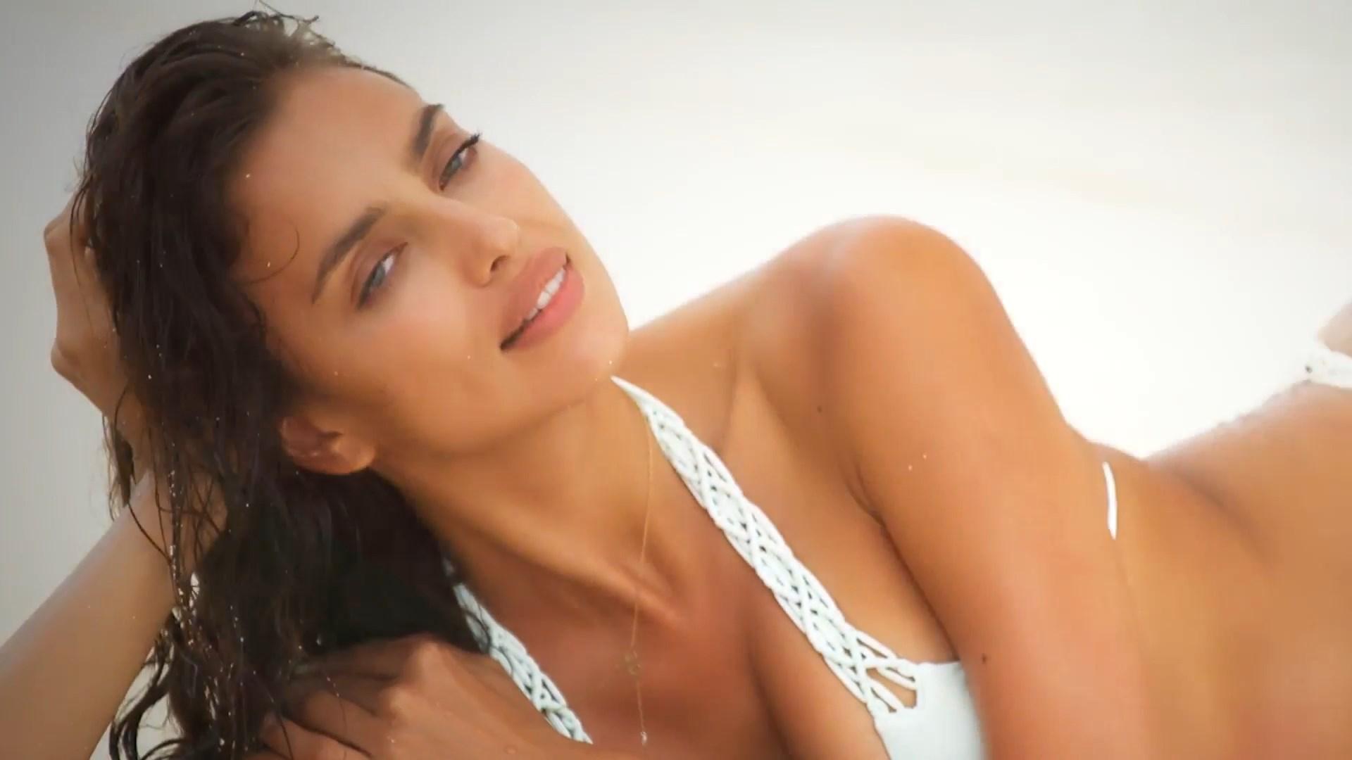 Irina Shayk sexy pic