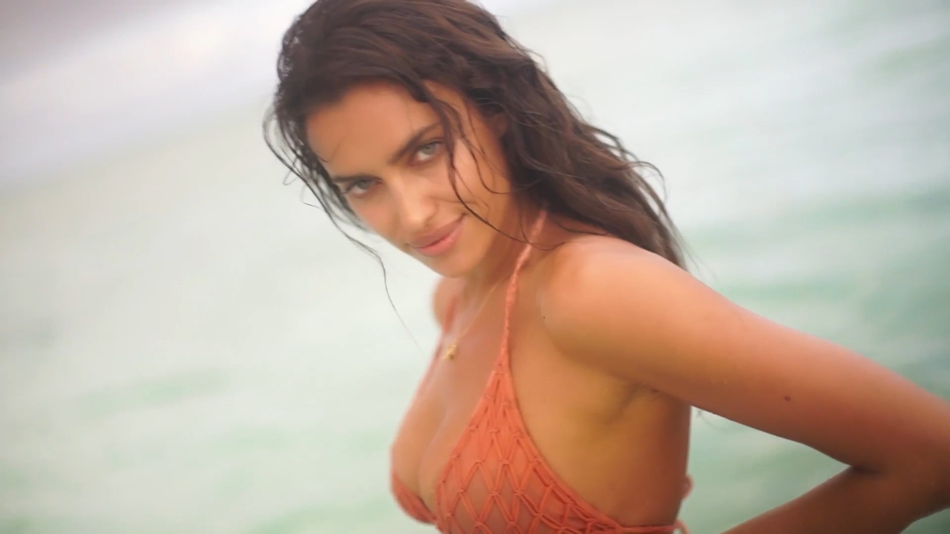 Irina Shayk nipples exposed