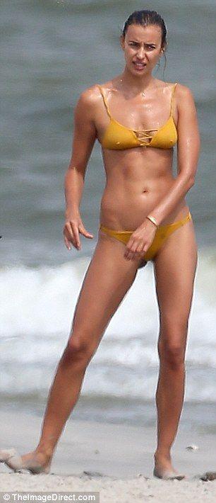 Irina Shayk sexy leaks