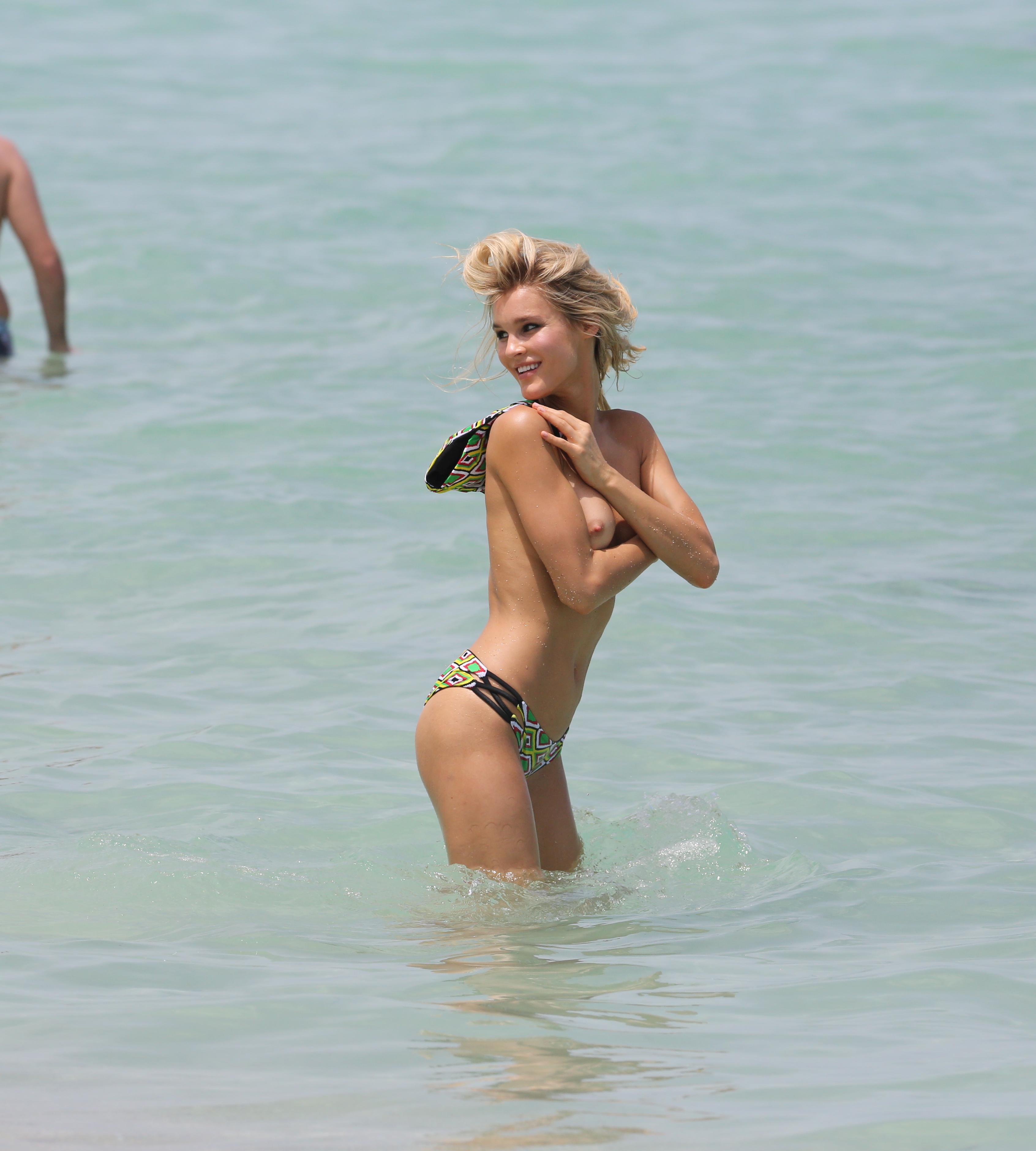 Joy Corrigan leaked nude