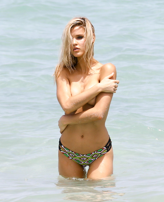 Joy Corrigan nude pic